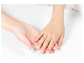 손톱으로 알아보는 건강 신호